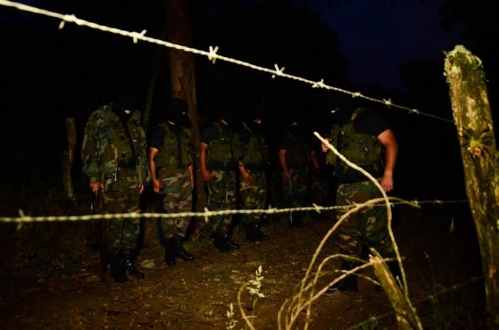 De acuerdo con los miembros de esta bacrim,  en algunas zonas de Medellín hacen patrullajes junto a miembros de la Policía.