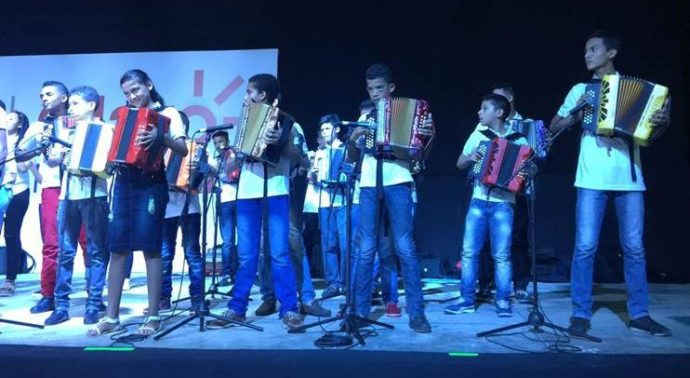 ninos-vallenato1