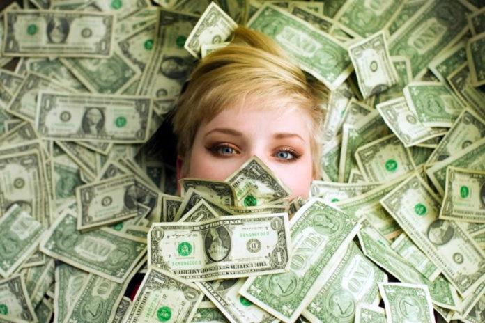 dios dinero