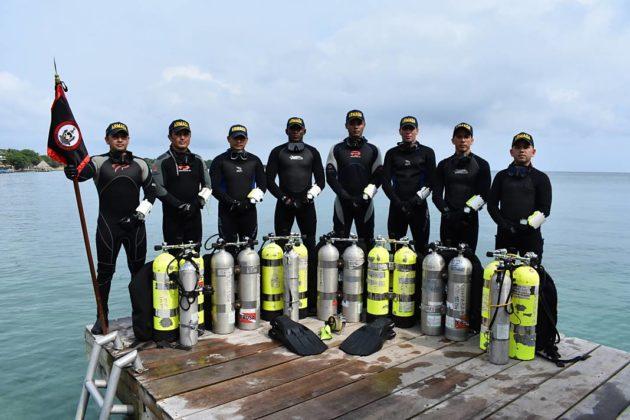 Buzos de la Armada Nacional aportan a la investigación marina 2