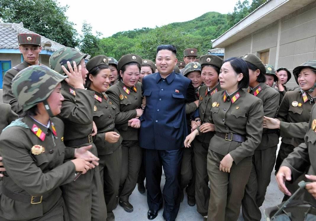 Kim-Jong Un mujeres+1