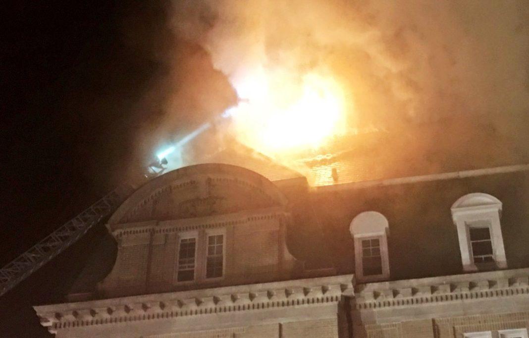 incendio embajada ecuador