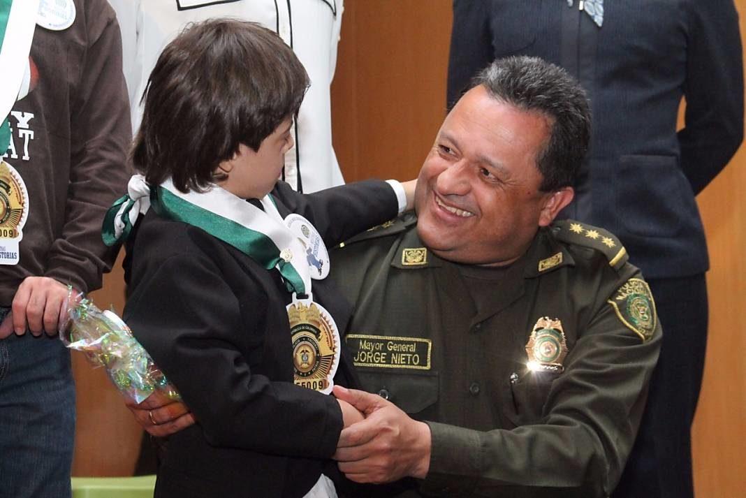 General Jorge Hernando Nieto Rojas1+1