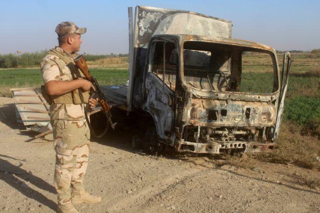 Fuerza iraquí contra ejercito Yihadista+1