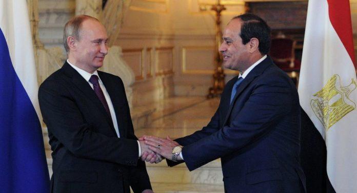 El presidente de Rusia, Vladímir Putin, y su homólogo egipcio, Abdelfatah Sisi,