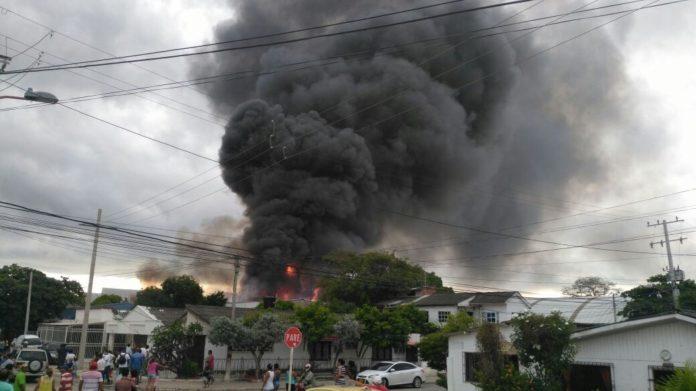 Incendio en el sector el Bosque. Foto cortesía.