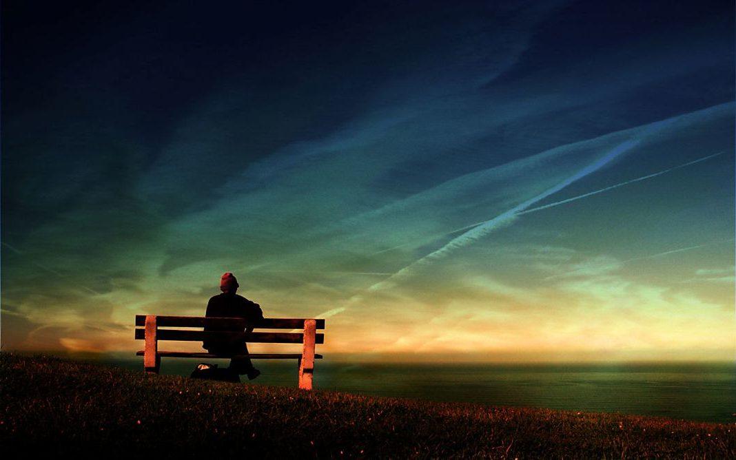 sentado vindo el horizonte