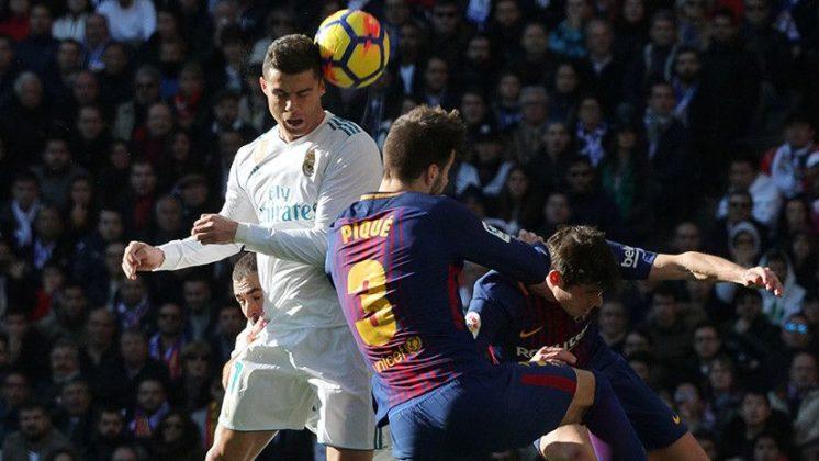 piqué y Ronaldo+1