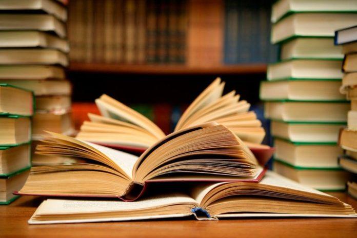 Libros. Por> lachachara.com