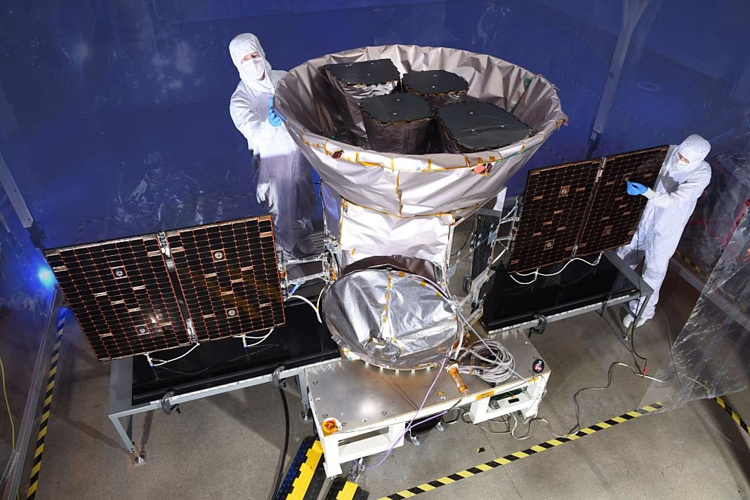 telescopio TESS+1