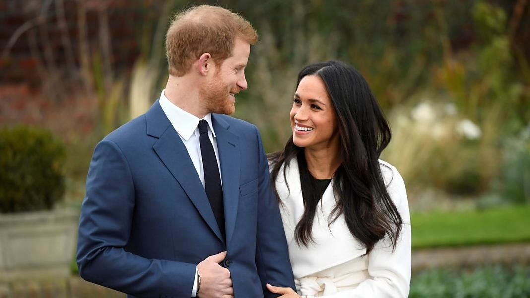El principe Harry y Meghan Markle+1