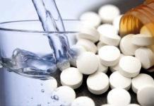 aspirina y agua