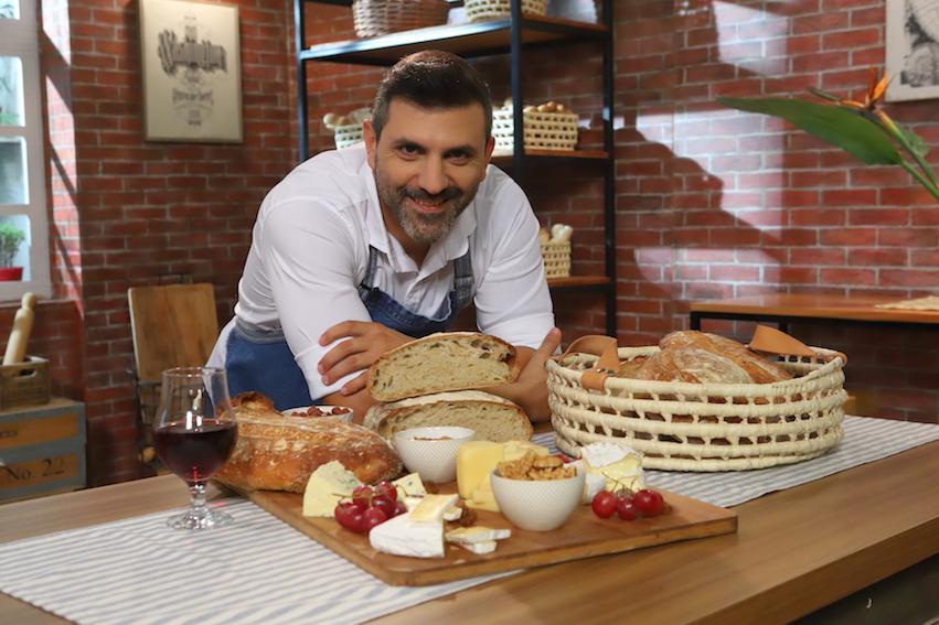 Pan nuestro de cada día- Juan Manuel Herrera+1