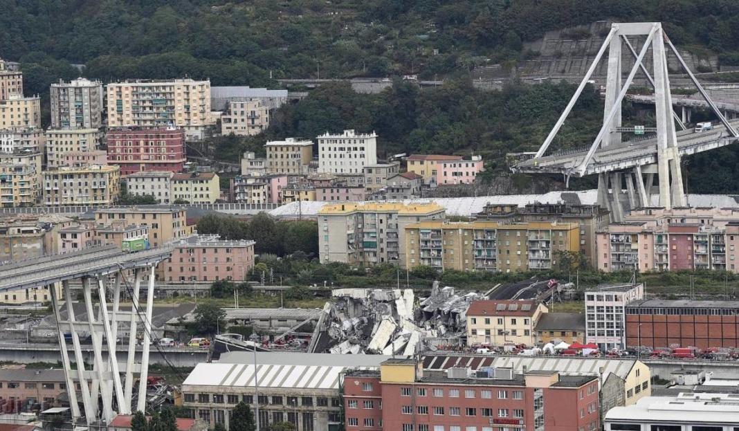 puente morandi genova italia