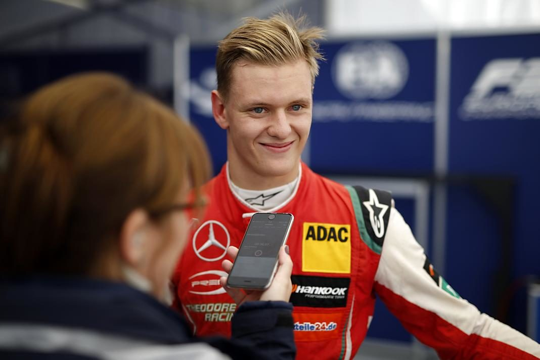Mick Schumacher+1