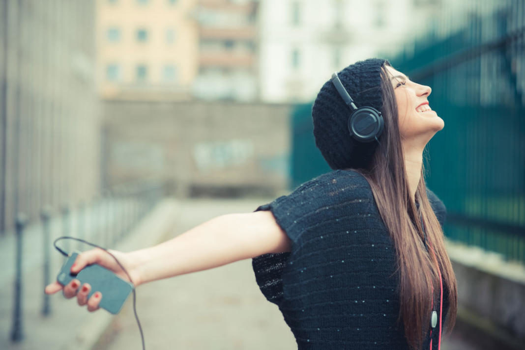 Escuhando MUSICA