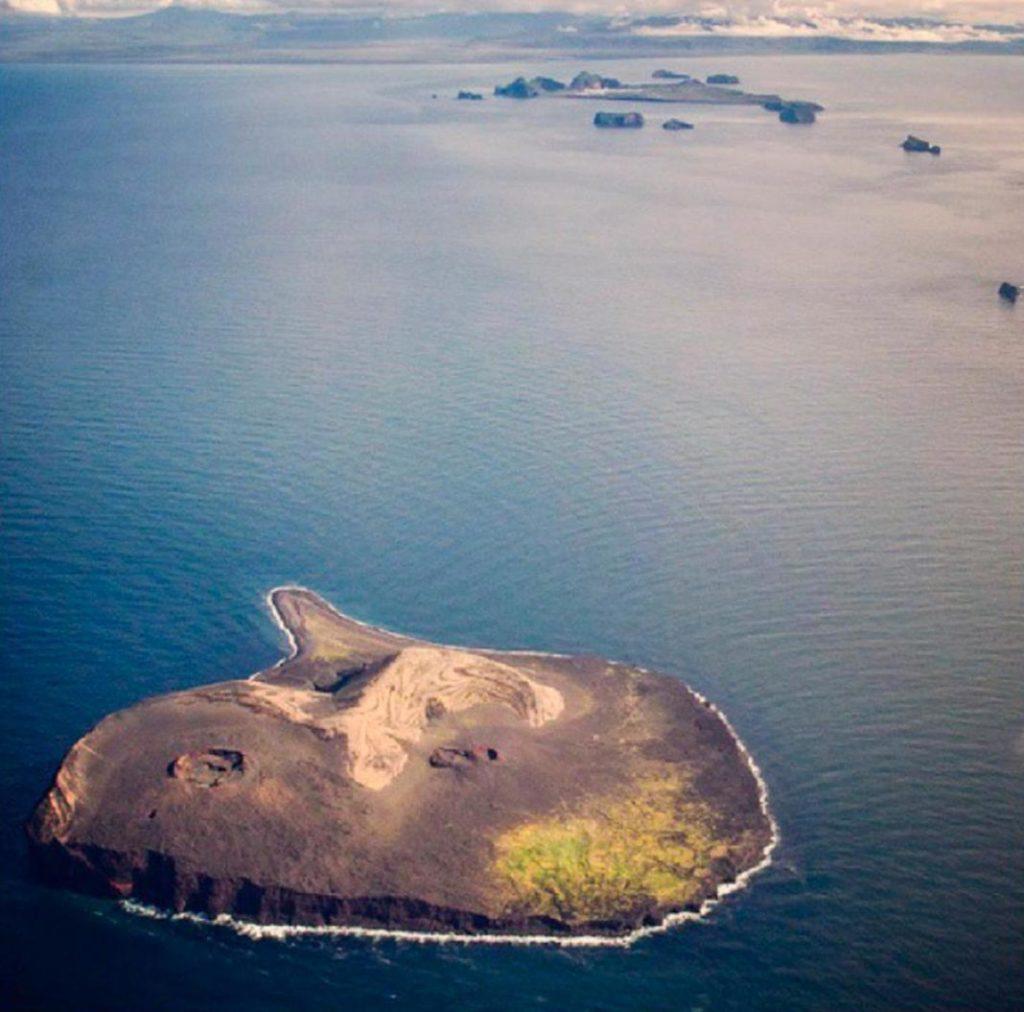 isla 2+1
