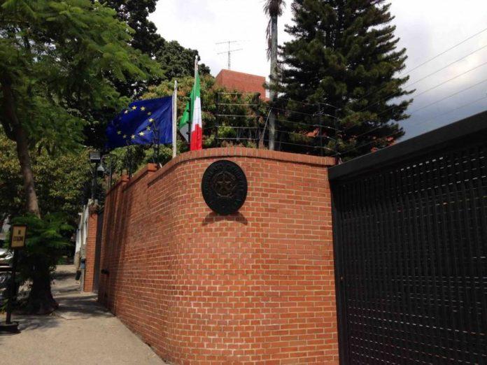 consulado-italia-caracas+1