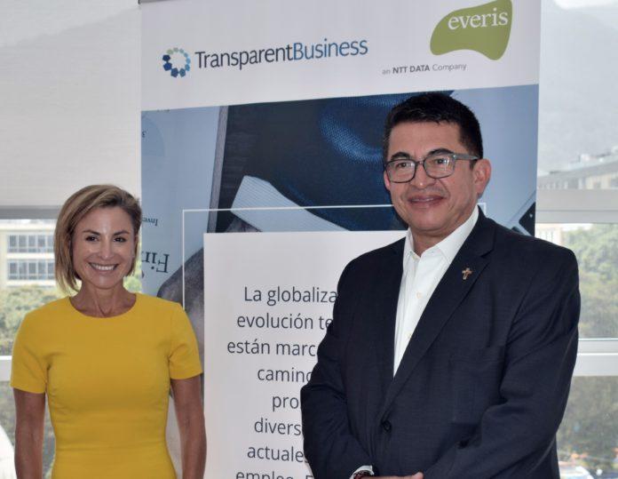 Foto Silvina Moschini, Presidente TRansparentBusiness y Diego Tovar Ch. CEO everis Colombia +1