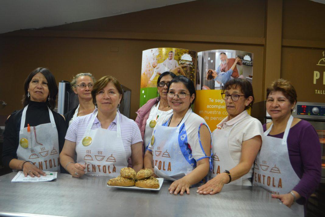 Curso de panadería para la Comunidad de Pensionados de Porvenir